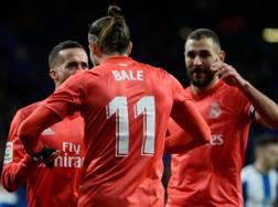 Bale festeggiato da Vazquez e Benzema. Afp