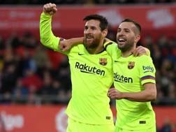 Messi esulta con Jordi Alba. Getty