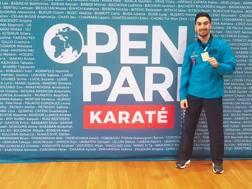 Il campione del Mondo Angelo Crescenzo, 25 anni, è d'argento a Parigi nei -60 kg
