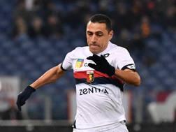 Romulo passa dal Genoa alla Lazio. Lapresse
