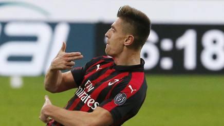 Krzysztof Piatek festeggia il gol in Coppa Italia contro il Napoli. AP