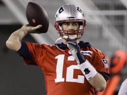 Tom Brady, 41 anni, giocherà il 9° Super Bowl della carriera. Ap