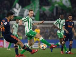 Betis beffato in pieno recupero, il Valencia si salva. Afp