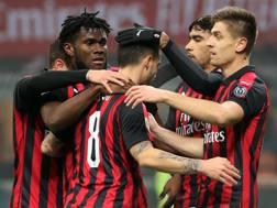 Festa di gruppo per i giocatori del Milan. Ansa