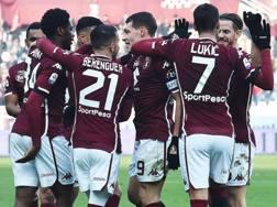 L'esultanza dei giocatori del Torino. Ansa