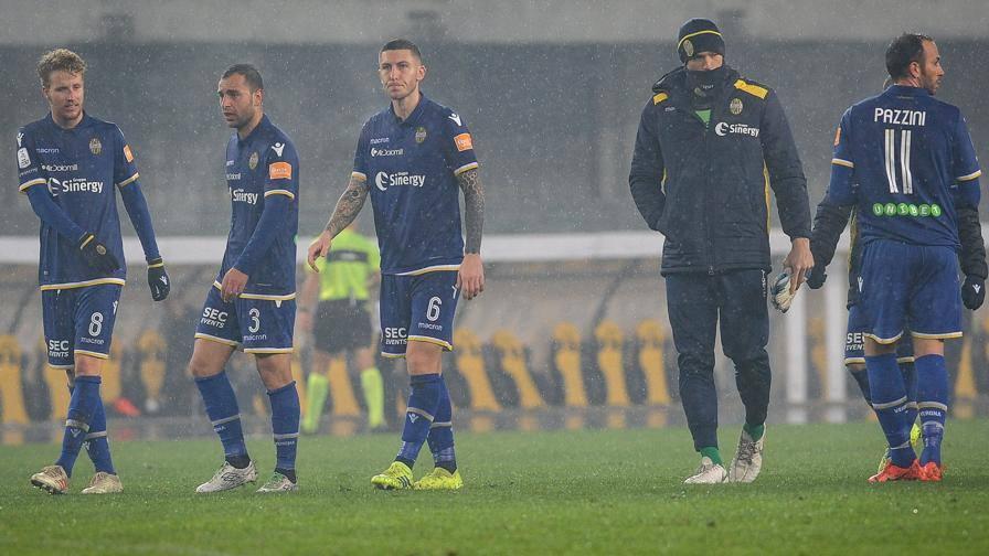 Serie B, Verona in ritiro, Spezia decisivo per Grosso. Cosmi in stand-by