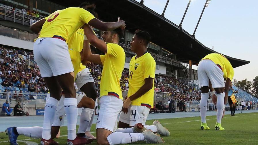 Ecuador, titolo per la storia Argentina k.o con il Brasile