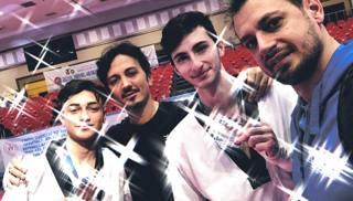 Claudio Nolano e Carlo Molfetta con i due medagliati Andrea Riondino e Giuseppe Foti