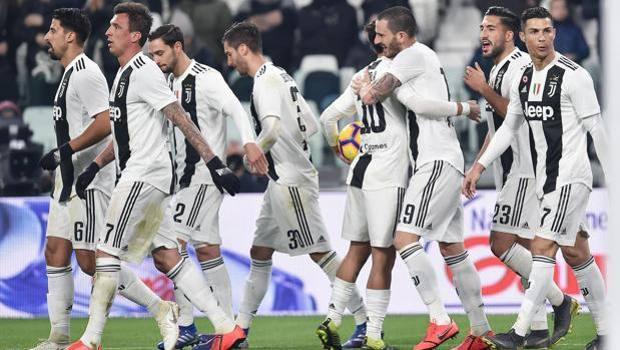 L'esultanza della Juventus. Ansa