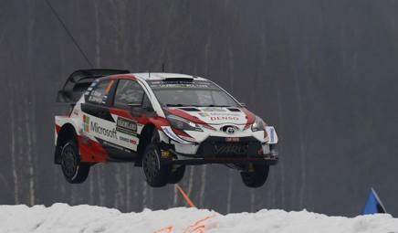 Ott Tanak, 31 anni, estone, salta con la sua Toyota Yaris: ha vinto 6 gare iridate sulle 93 disputate AP
