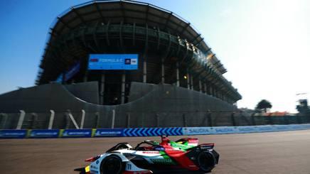 L'Audi di Lucas Di Grassi, 34 anni, alla nona vittoria in carriera, la seconda a Città del Messico