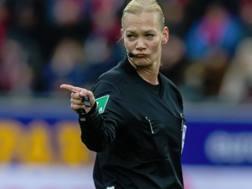 Bibiana Steinhaus, arbitro tedesco. Getty