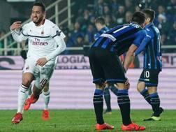 L'Atalanta si ferma in casa contro il Milan. Lapresse