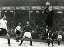 Il Grande Torino  al Filadelfia batte l'Alessandria 10-0. Era il 2 maggio 1948