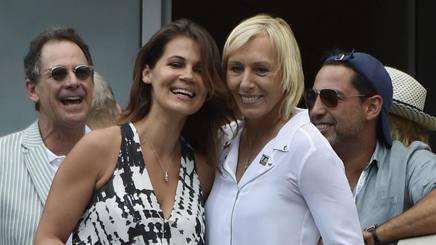 Martina Navratilova (a destra) e la sua partner Julie Lemigova. Epa