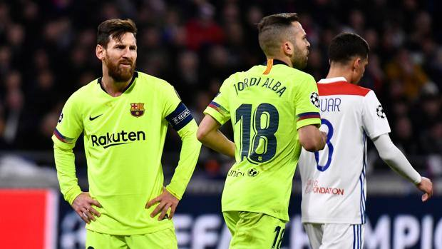 Leo Messi contro il Lione. Afp