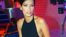 Fernanda Lessa. omega