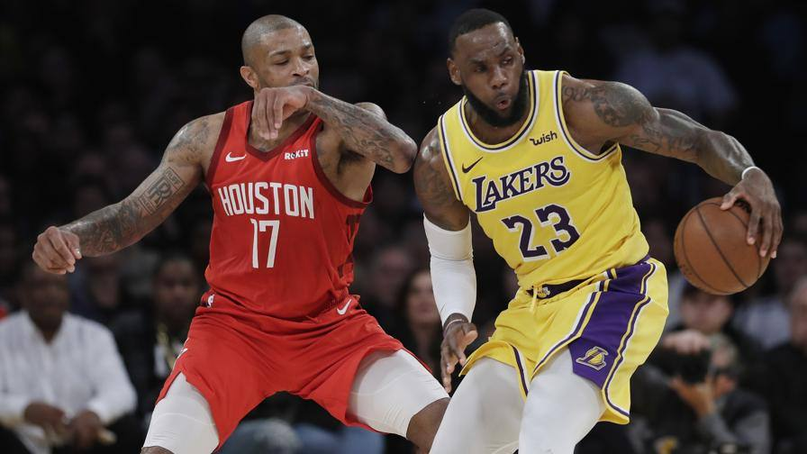 Nba risultati, LeBron rilancia i Lakers, Giannis spegne i Celtics