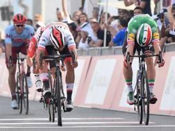 Lo sprint vincente di Gaviria