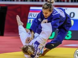 Il de ahi barai di Odette Giuffrida ha colpito ancora, questa volta sull'altra russa, Kazarina, nella finale per il bronzo