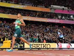 Wayde van Niekerk, 26 anni, vince l'oro nei 400 ai Mondiali di Londra nel 2017. Afp