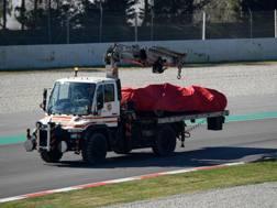 La Ferrari di Vettel dopo l'incidente. Afp