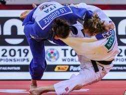 Martina Lo Giudice a Dusseldorf nell'incontro vinto proprio con questa azione