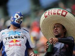 Tifosi di Checo Perez in tribuna a Città del Messico