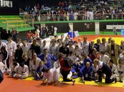 Foto di gruppo al termine del Campionato Italiano FISDIR a Ostia