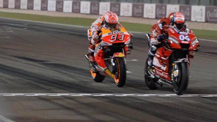 Andrea Dovizioso fulmina Marc Marquez in Qatar. Epa