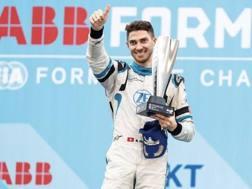Edoardo Mortara, 32 anni, italo-svizzero, alla prima vittoria in Formula E. Venturi