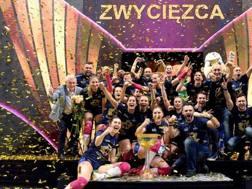 L'esultanza del Police di Marcello Abbondanza che ha vinto la Coppa di Polonia