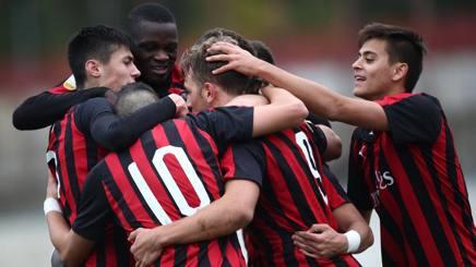 L'esultanza dei giocatori del Milan. Lapresse
