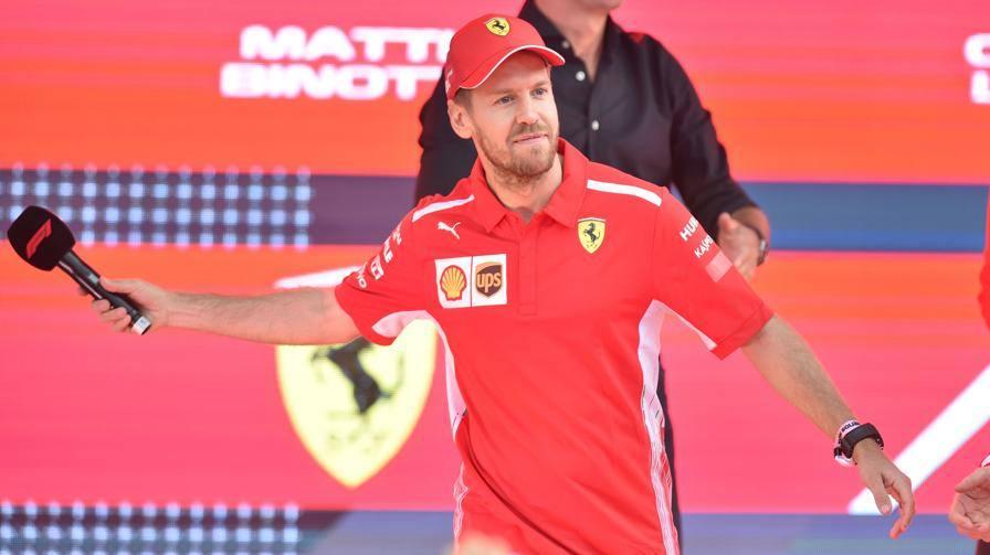 """Vettel: """"Giriamo pagina"""" E chiama 'Lina' la sua SF90"""