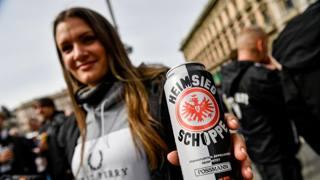 Eintracht, l'invasione tedesca a Milano: gli scatti