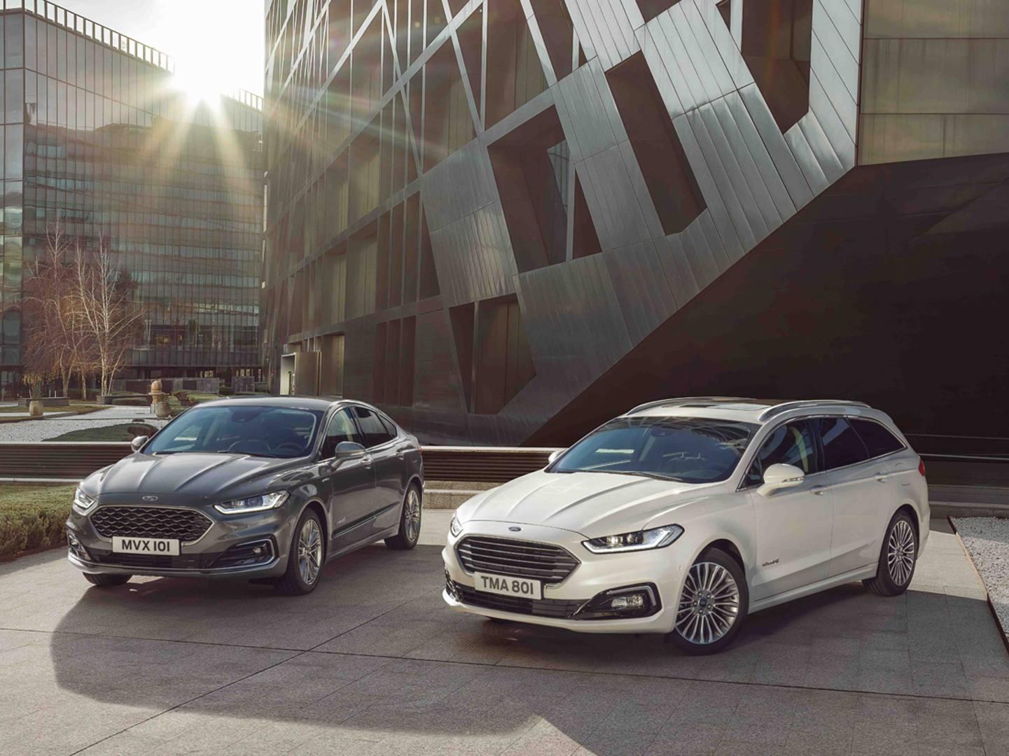 Ford ha da poco rinnovato la Mondeo. In Italia arriva la Wagon ibrida