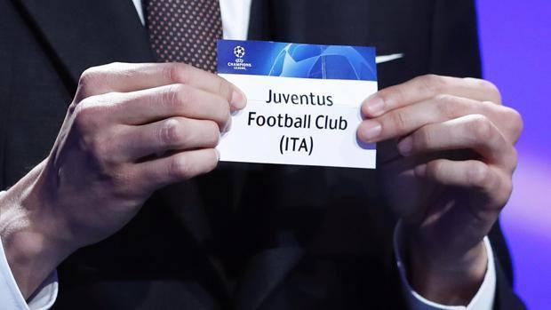Il sorteggio della Juve. Epa