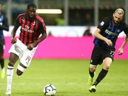 Un'immagine della sfida tra Inter e Milan giocata all'andata. Lapresse