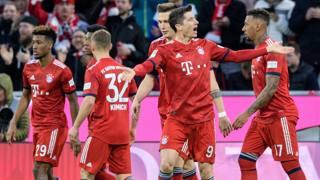 L'esultanza dei giocatori del Bayern. Afp