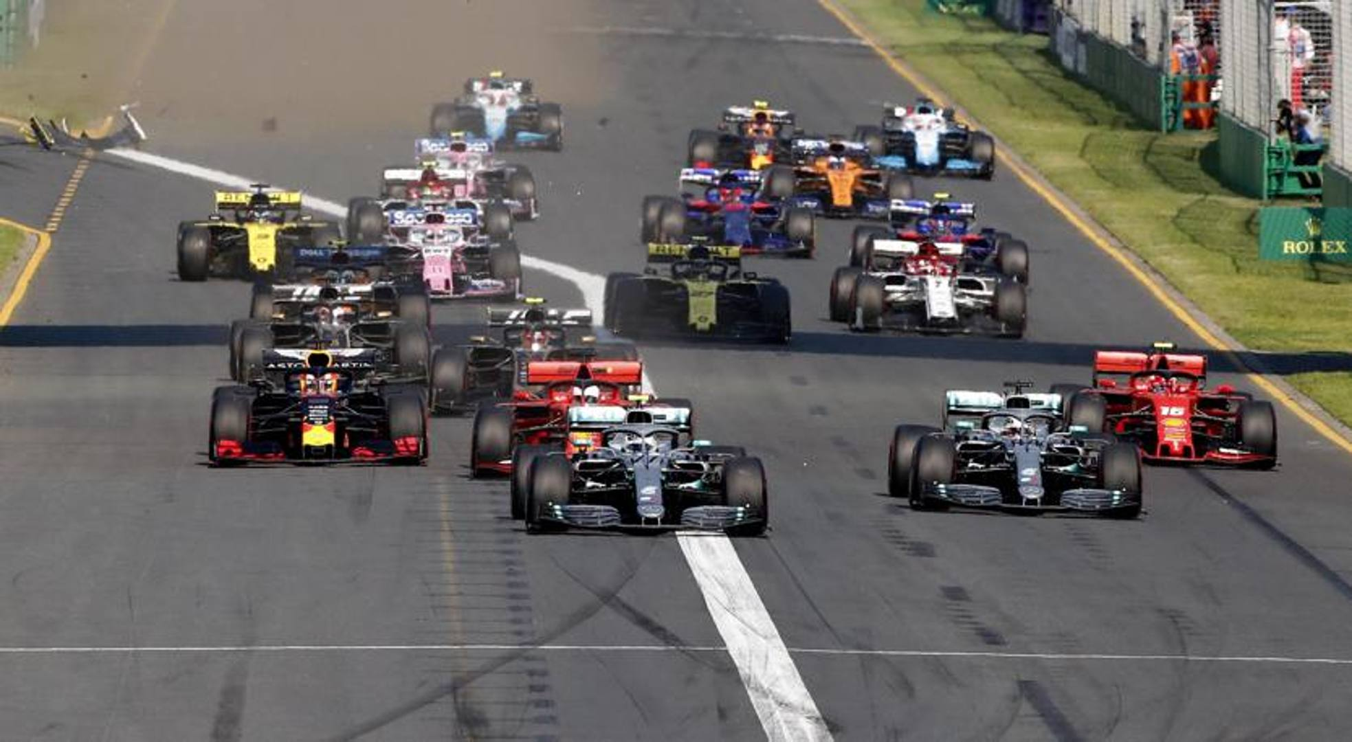 La partenza del primo Gran Premio del Mondiale di Formula 1. Epa