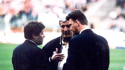 David Endt, a sinistra, con Lippi e Van Gaal prima della finale Juve-Ajax nel 1996. Liverani