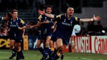 Fabrizio Ravanelli, ex attaccante della Juventus, esulta in Ajax-Juventus del 1996. LaPresse