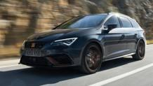 La Leon Cupra R ST è disponibile solo nel grigio scuro Blackness Grey