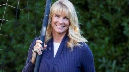 Roberta Termali, 54 anni, ex conduttrice tv, è stata sposata con Walter Zenga da cui ha avuto Nicolò, 30 anni, e Andrea, 26.