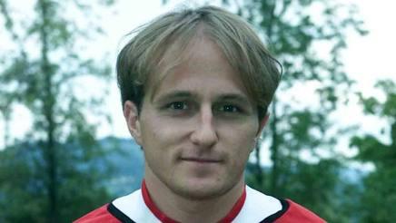 Davide Baiocco, ex calciatore di Perugia, Juventus e Catania, oggi 43 anni. Liverani