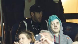 Neymar nella sfida di Champions contro lo United. Ap