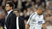 Fabio Capello e Ronaldo ai tempi del Real Madrid. Ap