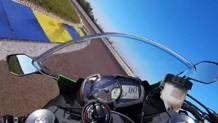 La Kawasaki Ninja ZX-6R in pista all'autodromo di Modena