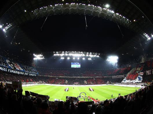 Lo stadio di San Siro all'ultimo derby. LaPresse
