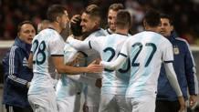 L'Argentina festeggia il gol vittoria. Afp